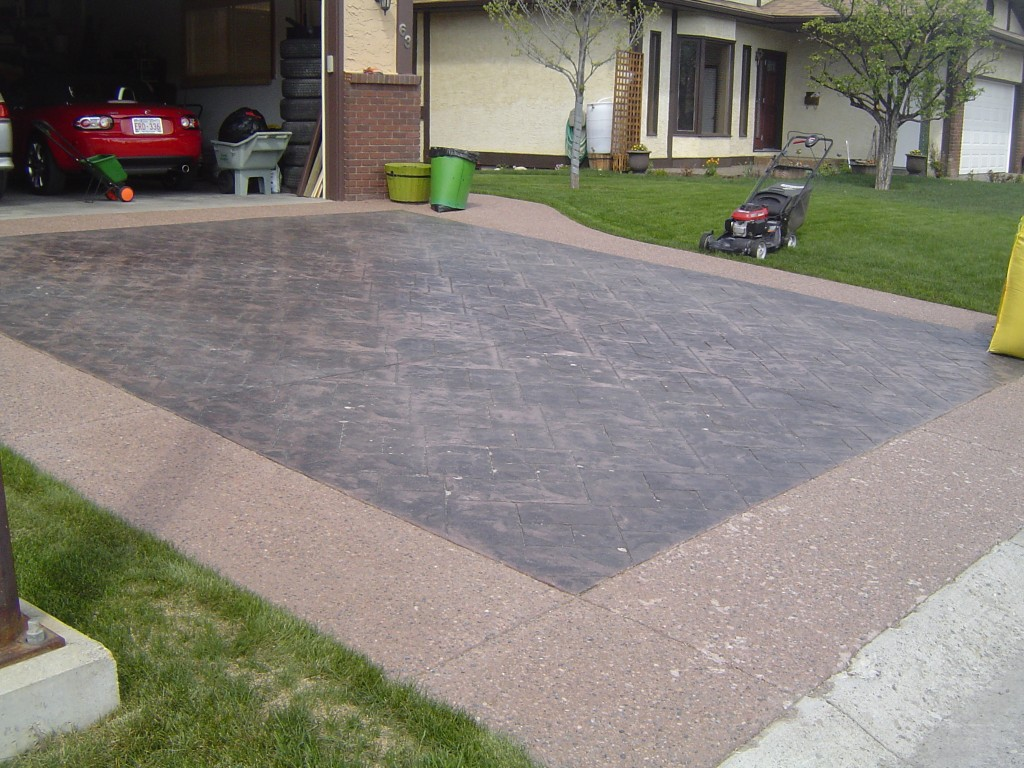 concrete driveway parking pad design colored black